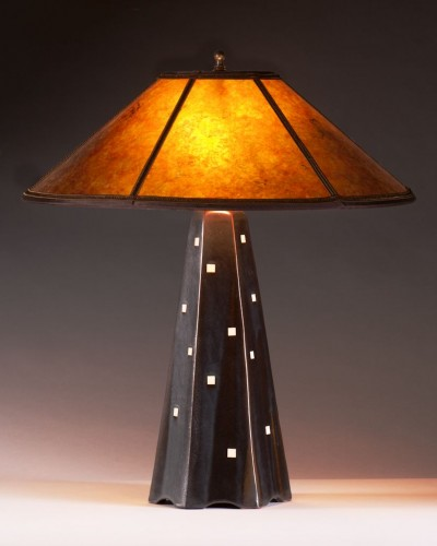 Onyz glaze/white squares   Amber mica shade   22 in. height